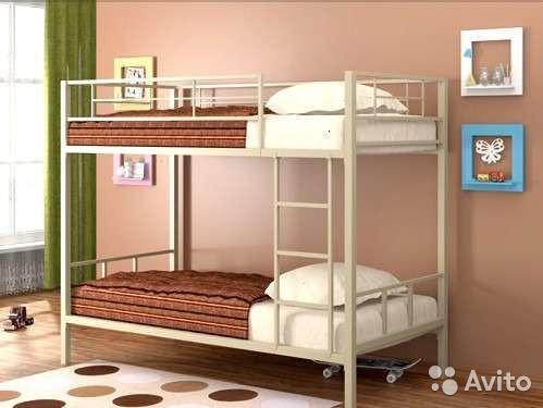 """Металлическая двухъярусная кровать """"Валенсия"""""""